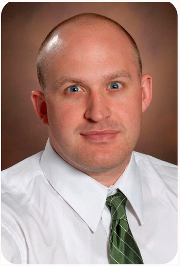Dr. Andrew Maes